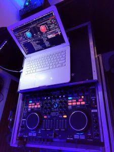 Mixagem - Som RJ - DJ, Som e Luz RJ - Sonorização e Iluminação de Festas e Eventos no Rio de Janeiro