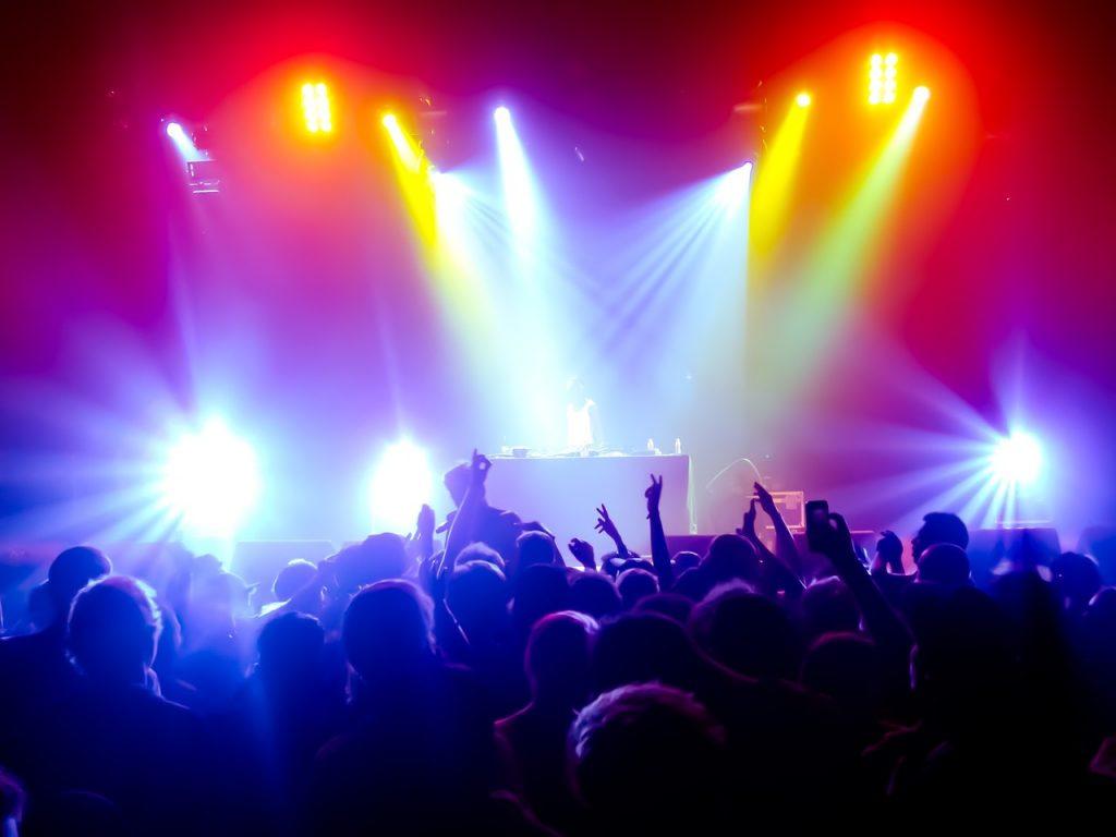 show de luzes - Som RJ - DJ, Som e Luz RJ - Sonorização e Iluminação de Festas e Eventos no Rio de Janeiro