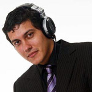 DJ Bernardo Guerra da Som RJ - DJ, Som e Luz RJ - Sonorização e Iluminação de Festas e Eventos no Rio de Janeiro